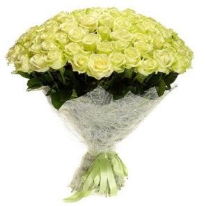 Kytica 101 bielych ruží