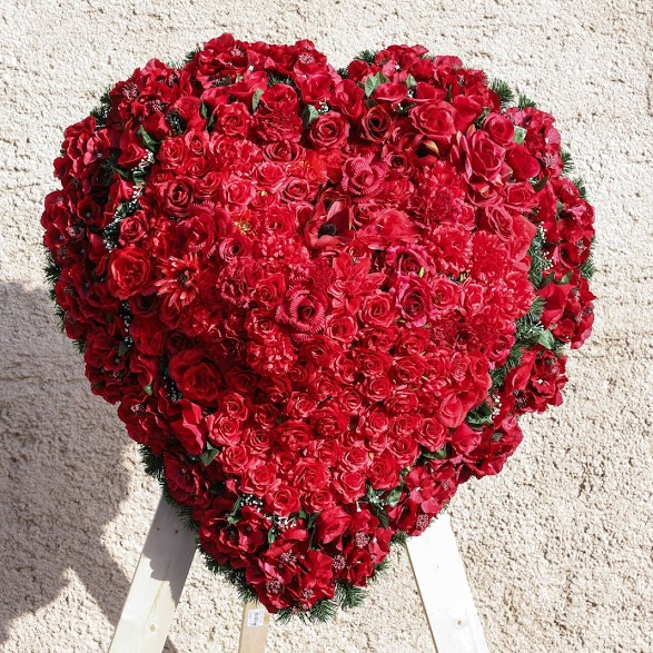 Veniec srdce červené umelé lux