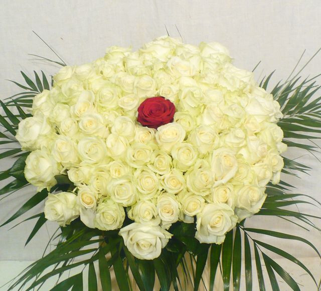 Kytica 100 + 1 ruží