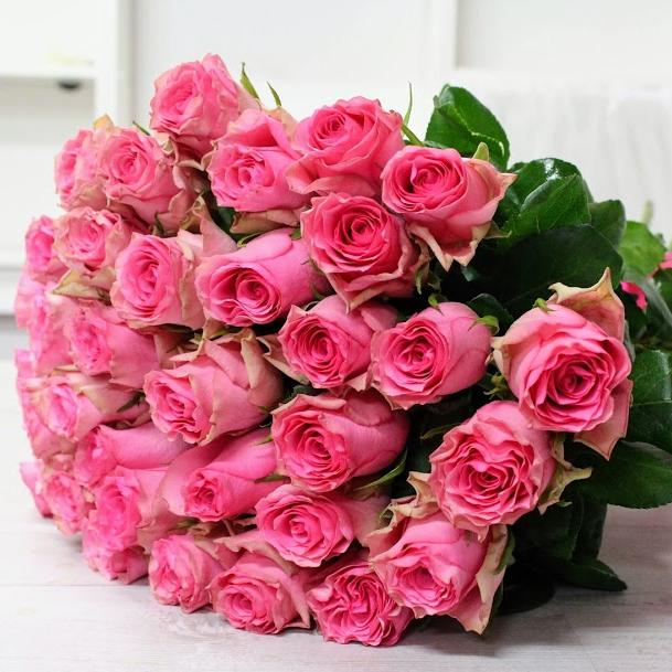 Kytica z ruží EXTRA Ružová